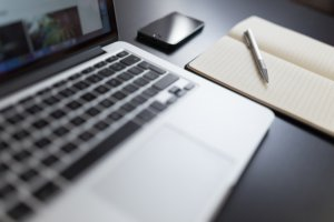 blogging gives online stores the seo boost needed